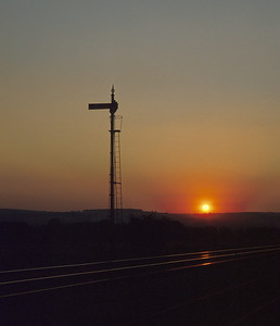 The sun sets behind the down starter at Bromfield. 31/8/91