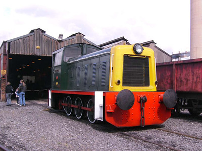 Richard Clark (Bagnall 3151/1962) outside the AFRPS shed