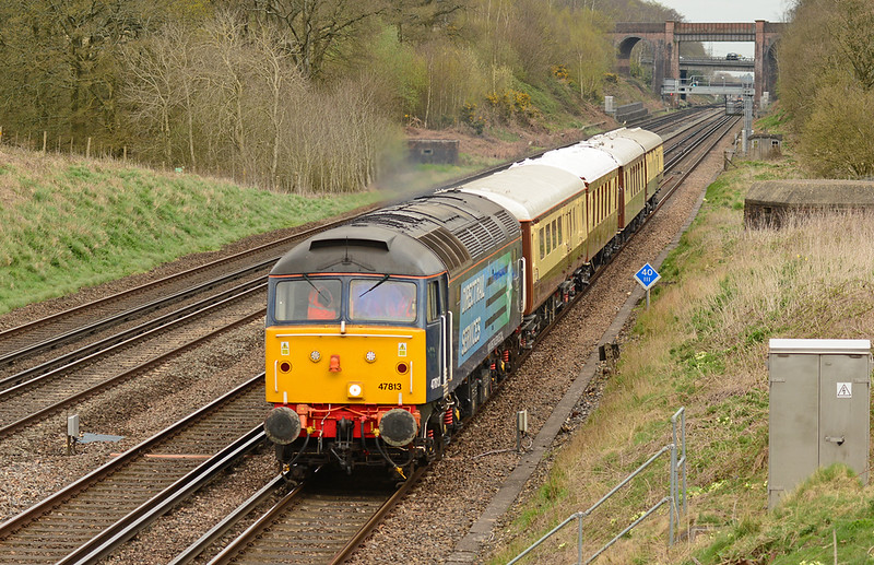 47813 has charge of 5Z45 Stewarts lane-Eastleigh stock move, seen here at Totters lane near Winchfield on the SWML 13/04/2015.