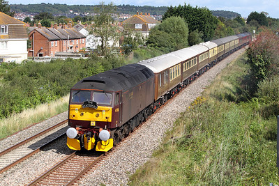 47760 heads along the Weston-super-Mare avoiding line at Oldmixon with 1Z62 05.30 Crewe to Kingswear 'The English Riviera Statesman' with 47804 DOR. Stock 17080, 3231, 3188, 1659, 99674, 99672, 99673, 99675, 6528, 4973 & 5478. 27/08/2011