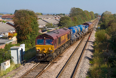 The Barton Hill RHTT with 66176 leading crosses over at Worle Junction and heads into Weston-super-Mare, 66175 is the rear loco. 30/09/2011