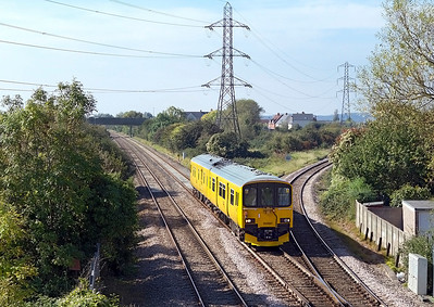 Track Assement DMU 950001 passes Worle Junction as 2Q08 returning to Derby from Cornwall. Friday 30th September 2011.
