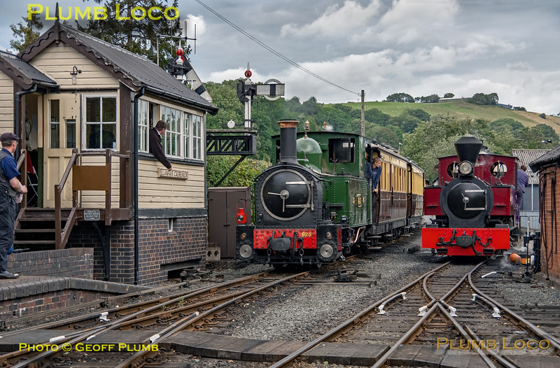 "W&LLR No. 823 & ""Joan"", Llanfair Caereinion, 30th August 2019"