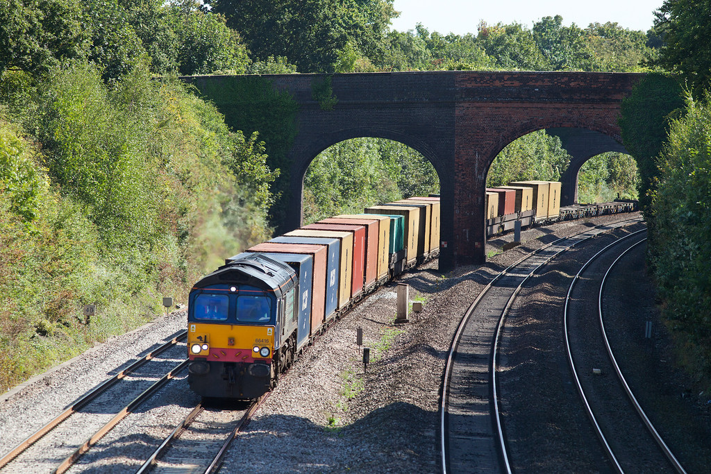 Freightiner hire-in locomotive, 66416 approaches, Westbury Lane with the 4V50 10.54 Southampton-Wentloog extra freightliner service.