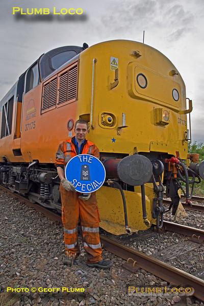 37175, BLS 565 Special, Ian Morris with  headboard, Llandrindod Wells, 2nd September 2017