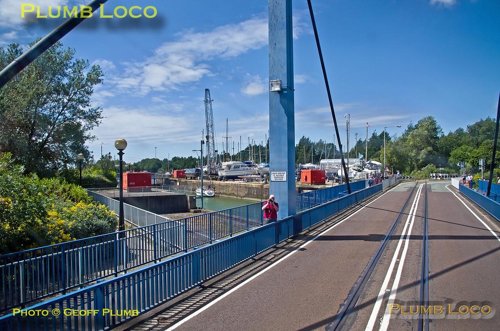 PoV 66432, BLS Cat & Dock, Ashton Swing Bridge, 15th June 2017