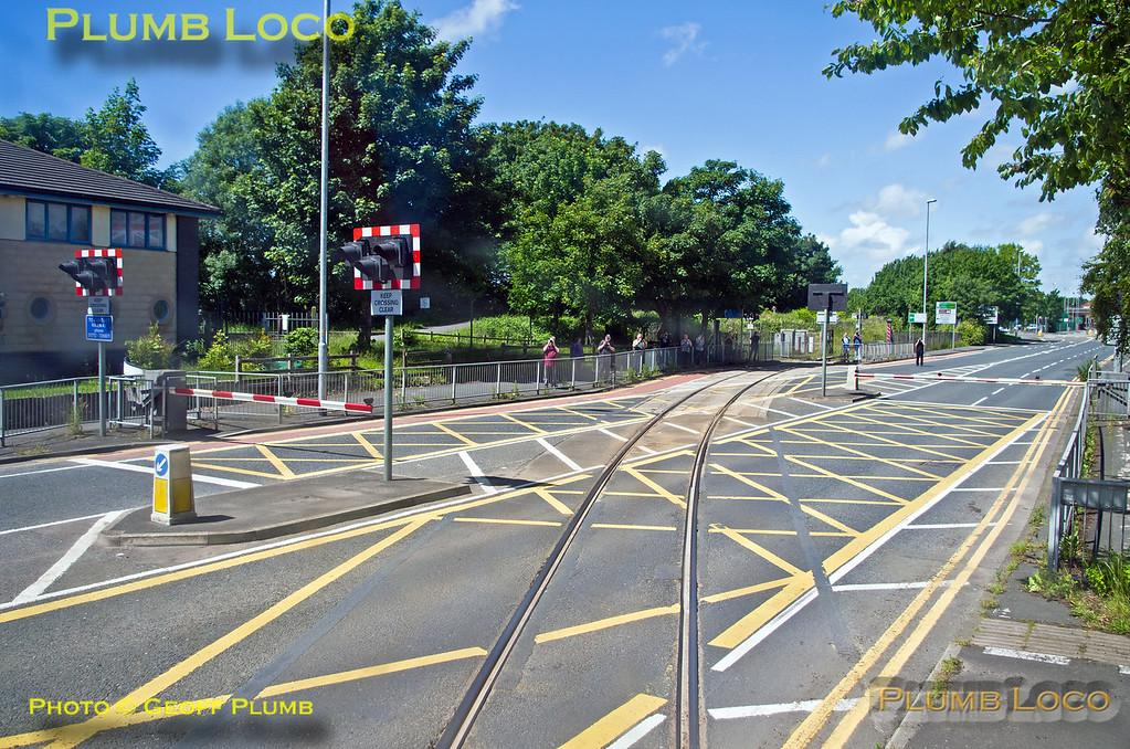 PoV 66432, BLS Cat & Dock, Strand Road Level-Crossing, 15th June 2017