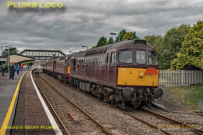 """33207 & 33029, BLS """"Marching Crompton"""", Llanelli, 27th August 2018"""