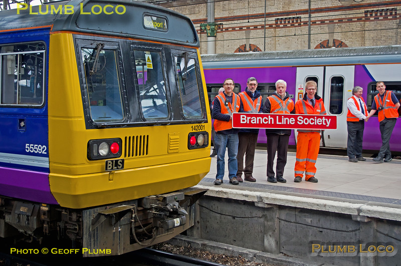 """142 001, BLS stewards, """"Northern Tracker"""" Tour, Manchester Piccadilly Platform 3, 2Z97, 6th March 2016"""