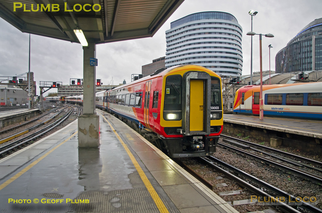159 003, Waterloo, 5Z61, 7th November 2015