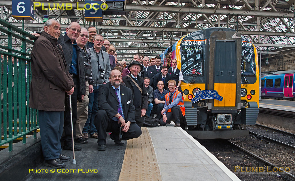 350 410, TPE Clyde Race Tracker, Group Shot, Glasgow Central, 26th April 2014