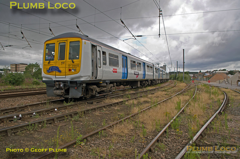 "319 444, BLS ""Thameslink Tracker"", Luton Crescent Road, 1Z19, 12th July 2015"