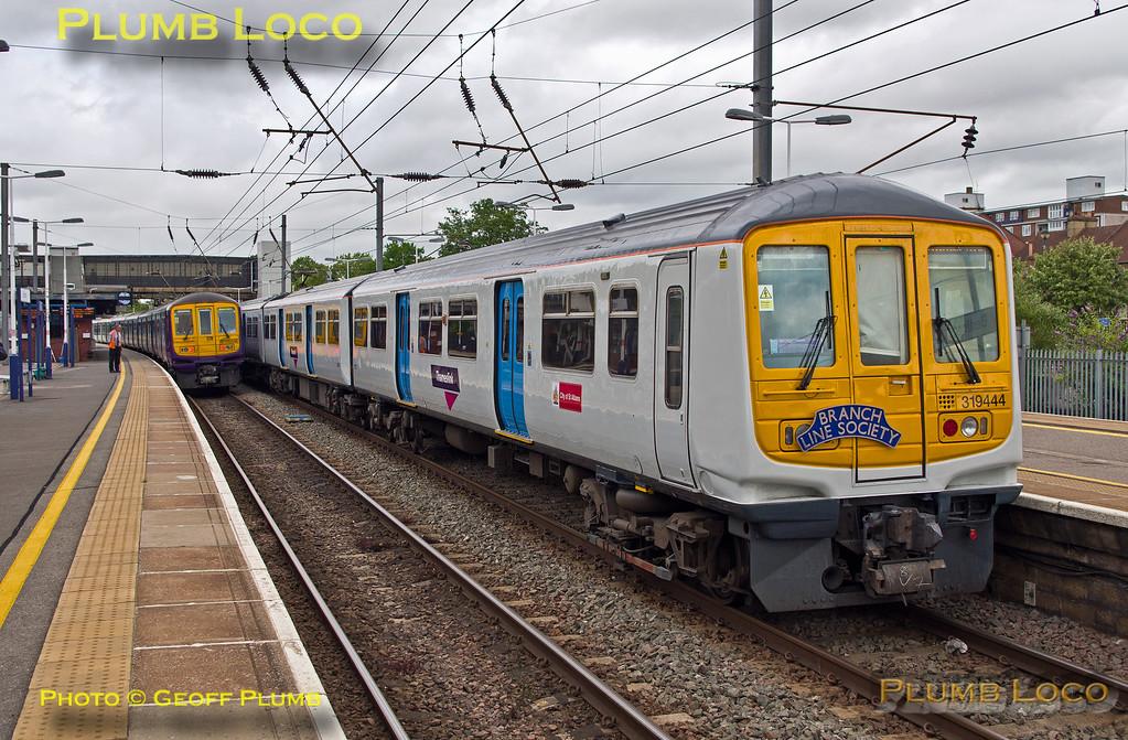 """319 444, BLS """"Thameslink Tracker"""", Bedford, 5Z19, 12th July 2015"""