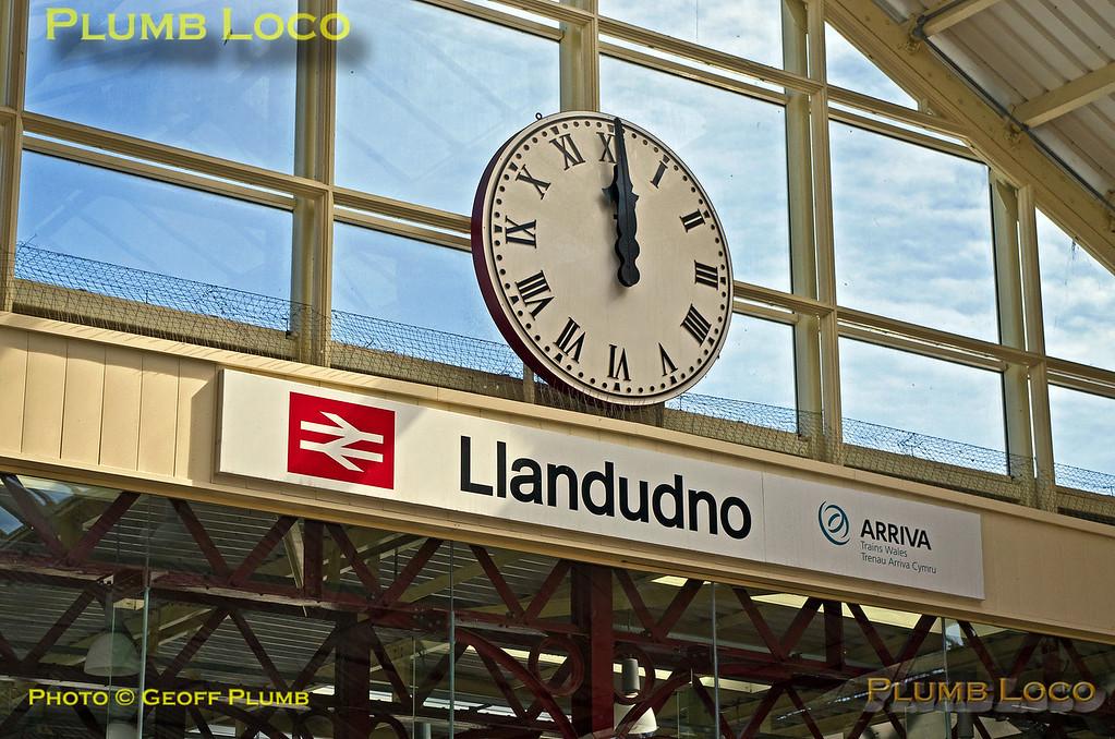 Station Clock, Llandudno Town, 22nd April 2017