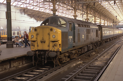 37030 rests at Manchester Piccadilly after hauling the 13.24 from Skegness 7/7/84.