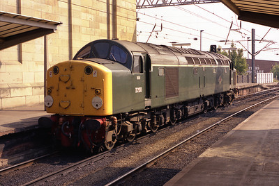 40122 stands in Carlisle station sometime in 1984.