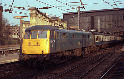 85028 stands in Carlisle with the 11.32 Exeter-Glasgow/Edinburgh relief on Easter Monday 4/4/88.
