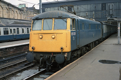 85026 stands in Carlisle's platform 3 with a northbound relief train May 1988.