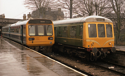 142072 stands beside M53964 in the bays at Lancaster station 1/4/88.