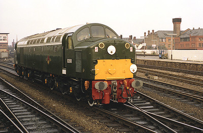 One of D200's last mainline runs was a railtour from Manchester Victoria to London Liverpool Street, seen running round the stock at Victoria 9/4/88.
