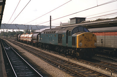 40022 pauses at Preston with a train of chemical tanks 1/7/83.