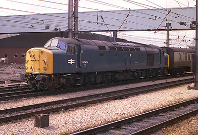 40013 awaits departure from Preston with newspaper vans bound for Redbank, Manchester 1983.