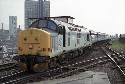 37421 arrives at Manchester Victoria probably from Holyhead sometime in 1993.