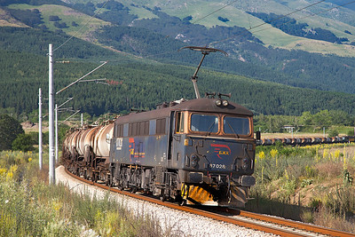 A very grubby 87028 (Ex Lord President) banks the 18.00 Acid Tanks from Pirdop to Razdelna approaching Anton. Monday 4th July 2016.