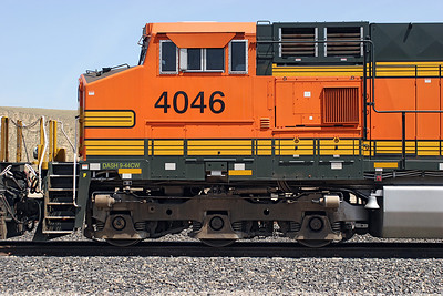 Cab end detail of BNSF 4046 (C44-9W). 28/04/2007.
