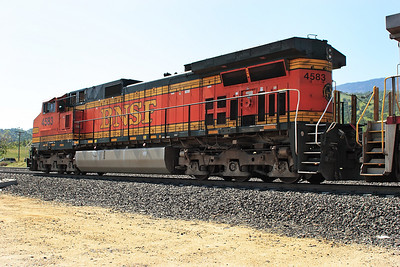 BNSF 4583 (C44-9W) Bealville. 27/04/2011.