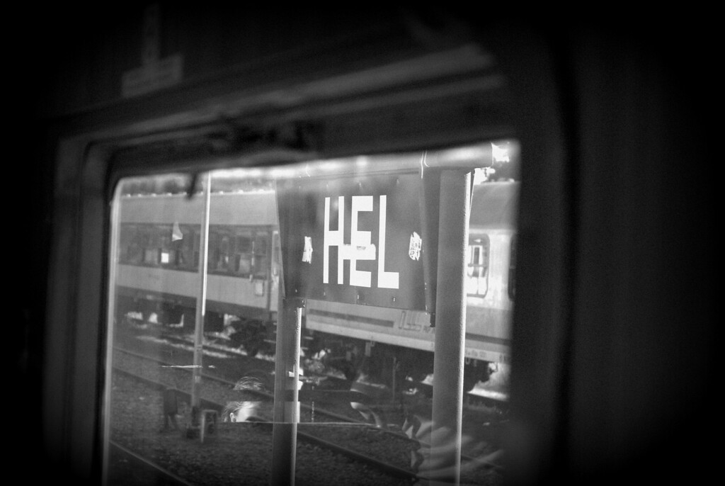 Hel station sign