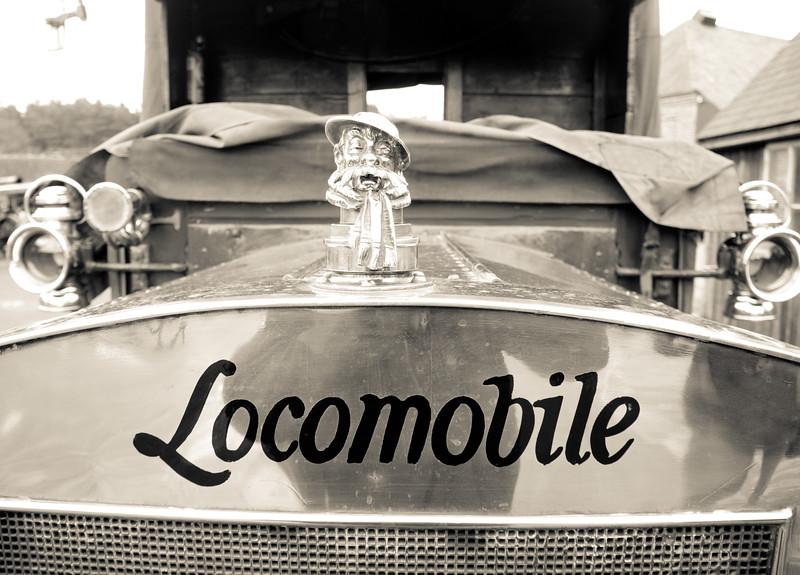 Locomobile detail