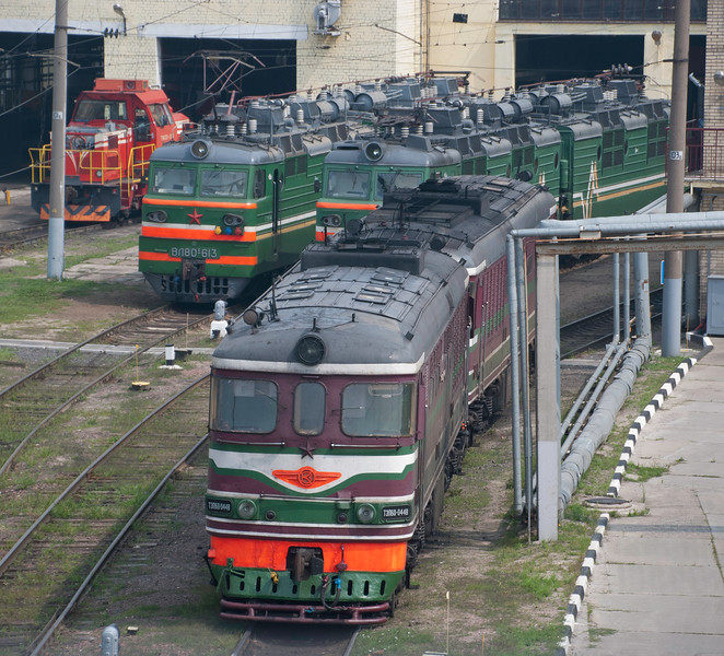And here's a TEP 60 not in a museum but still in traffic at the sprawling Minsk marshalling yards and depot complex. Rare to see these in action with TEP 70s the more common express passenger diesel in the former Soviet Union countries I've visited at least.