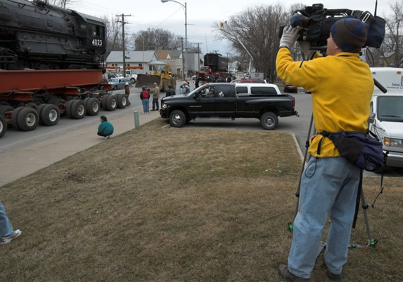 <font size=3>There were several professional film crews in the crowd.  This is a local news photographer.  An English film crew was making a documentary for The Discovery Channel.</font>