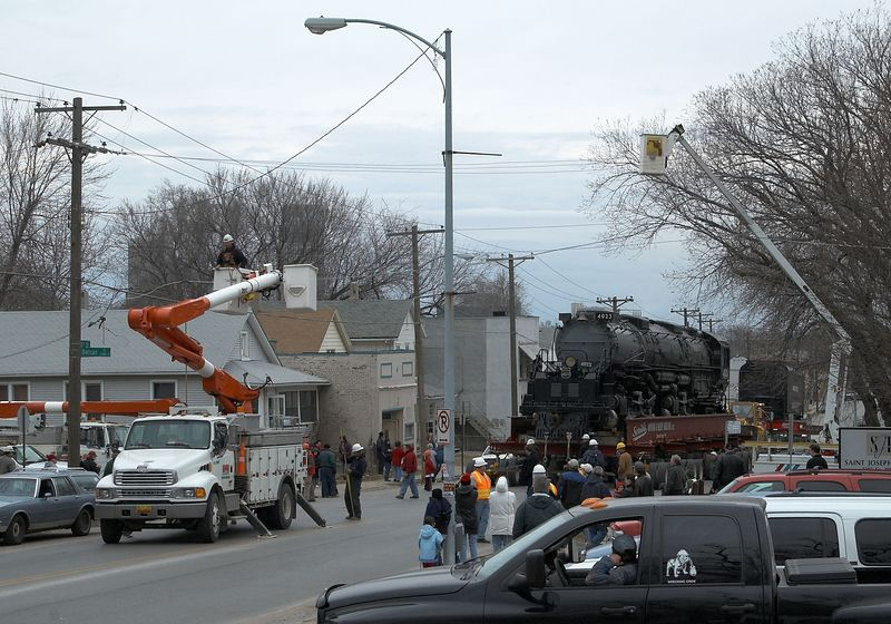 <font size=3>The move took place in the oldest part of town where most utilities are overhead.  Omaha Public Power District and Cox Communications were on hand to drop lines or move them out of the way. </font>