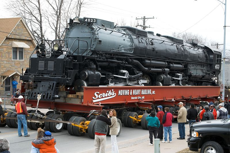 <font size=3>Union Pacific hired David Scribner's hauling company to move the 1.2 million pound locomotive.  Scribner's also moves houses.</font>