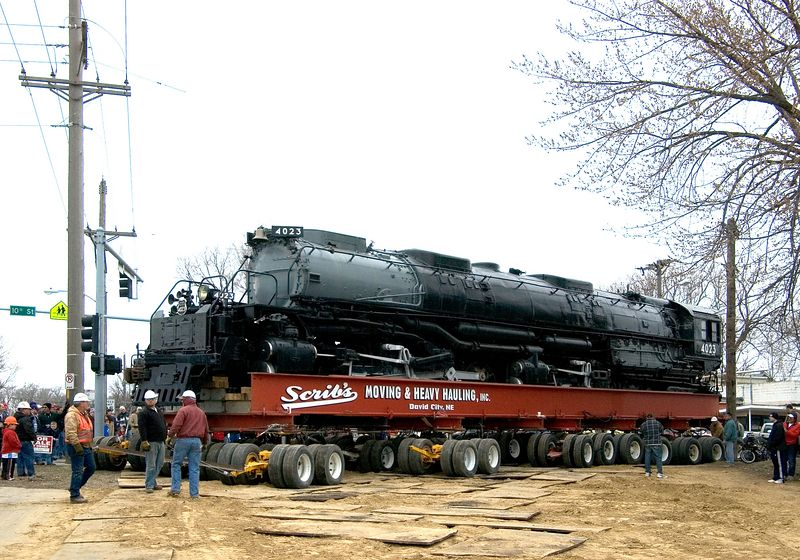 <font size=3>Once the locomotive cleared the poles on either end it could return to a slightly faster pace.</font>