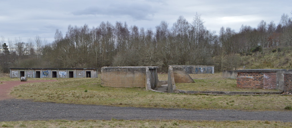Gun emplacement at Magazine 1, long magazine to the left.<br /> 6th March 2016.