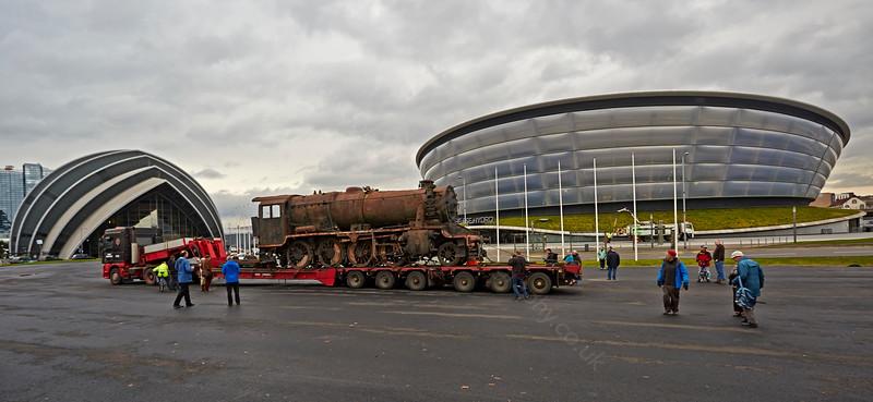 8F Steam Locomotive in Glasgow - 13 November 2014