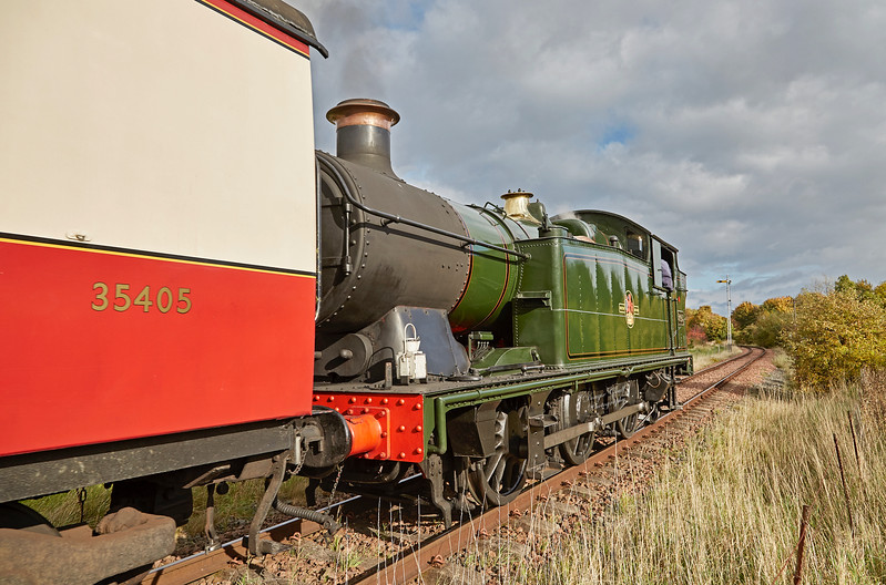 GWR 0-6-2T No. 5643 approaching Bo'ness Station - 15 October 2017