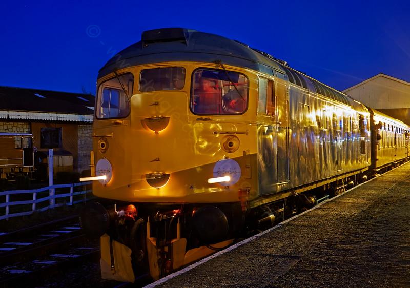 Diesel Locomotive 26038 at Bo'ness Station - 28 December 2014