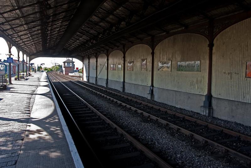 Railway Platform - 13th May 2009