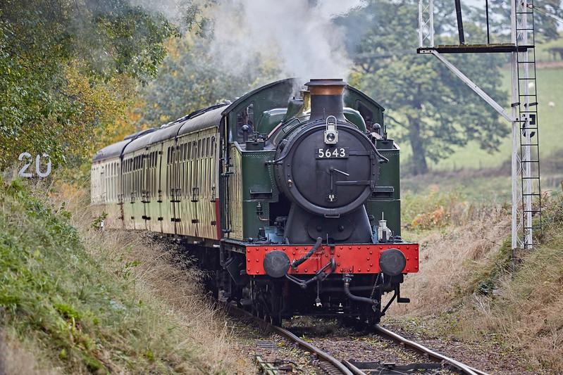 GWR 0-6-2T No. 5643 at Birkhill Station - 15 October 2017