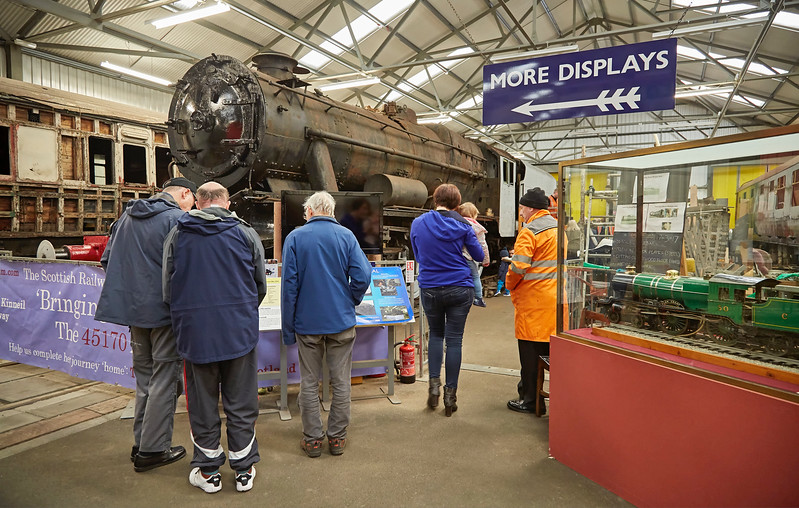 Stanier 8F (45170) Appeal Display at Bo'ness - 1 April 2017