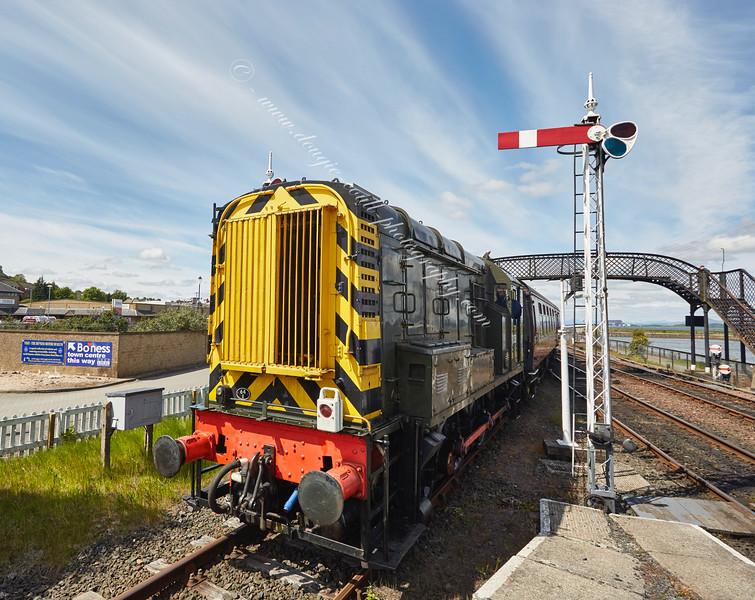 Diesel (D3558) Shunting at Bo'ness Station - 30 May 2015