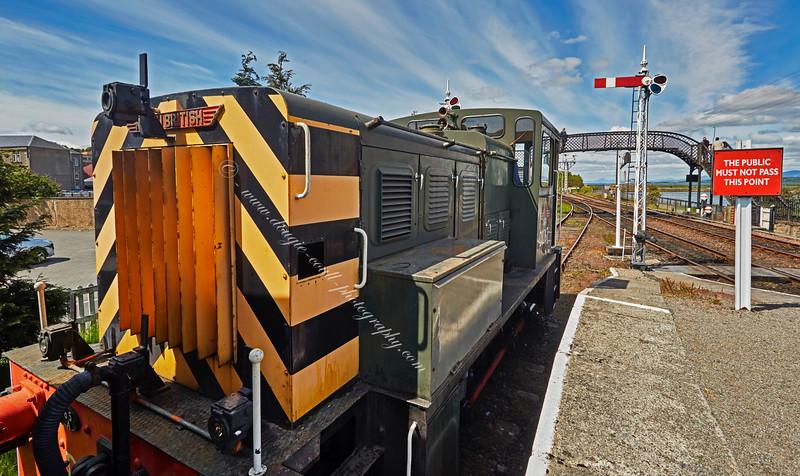 British Railways Shunting Locomotive (D2767) at Bo'ness Station - 30 May 2015