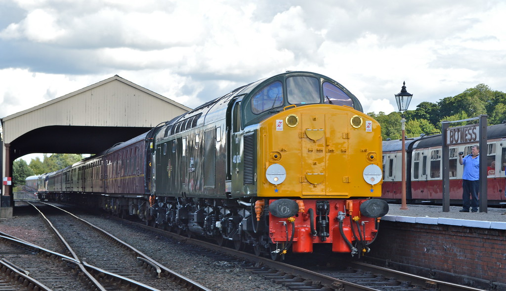 40106 ready to depart Bo'ness.