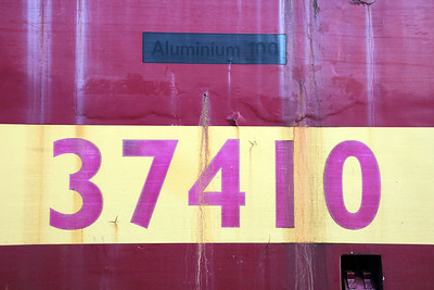 37410 'Aluminium 100' Number panel and temp name, Booths.