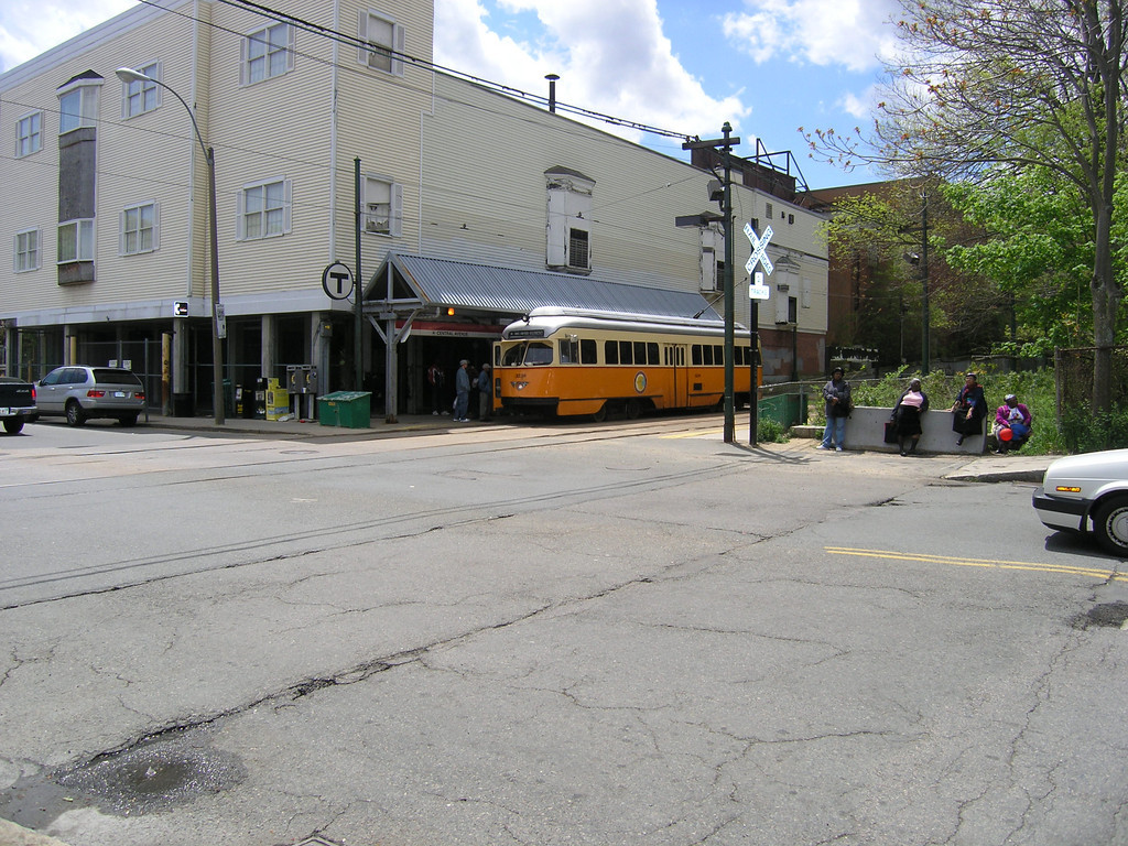 Another view of a PCC Trolley at the Central Avenue Station in Milton