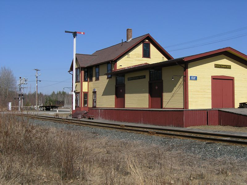 Former B&M depot at Ely, VT restored in traditional B&M paint scheme. Photographed 3/30/2004